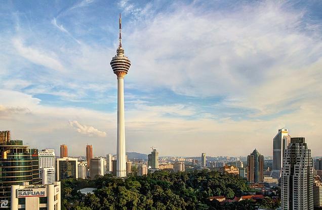 برج های دو قلو و مخابراتی مالزی