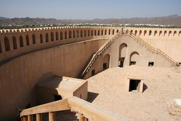 نیزوا عمان - مکان های دیدنی کشورعمان