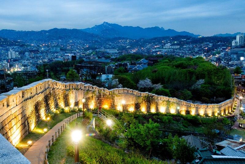 دیوار شهر سئول - اماکن تاریخی کشور کره جنوبی