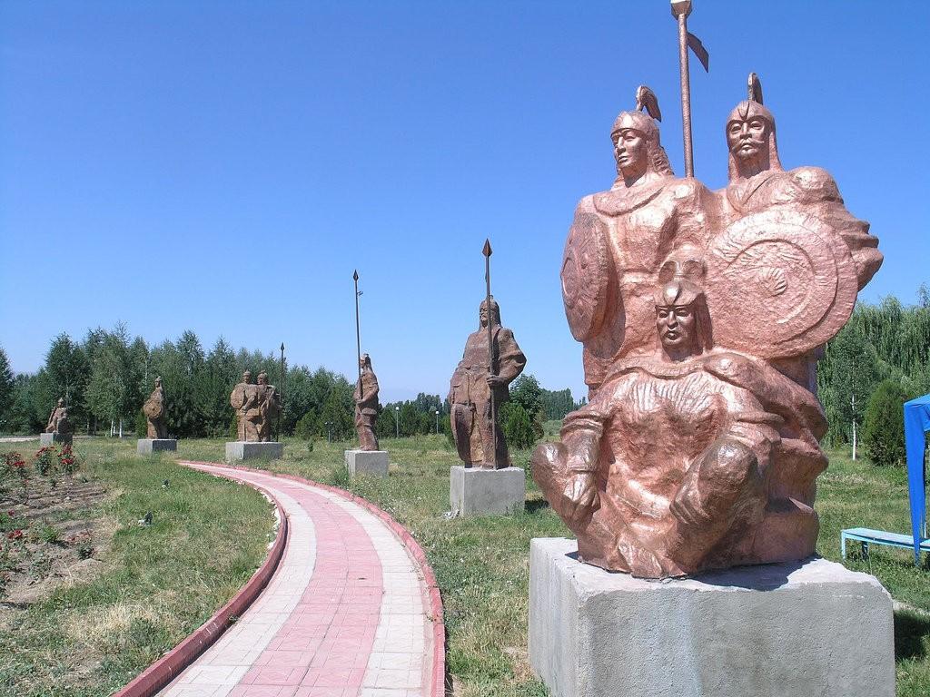 مجتمع تالاس - اماکن تاریخی قرقیزستان