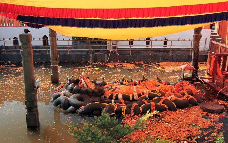 معبد نیل کانتا - اماکن تفریحی کشور نپال