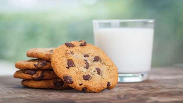 بیسکویت شکلاتی - 10 غذای معروف و 10 غذای ممنوع در آمریکا