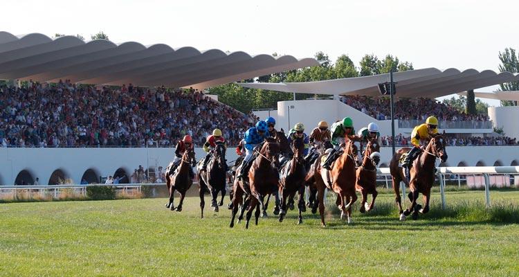 مسابقات اسب سواری در هیپو درومو د لا سارسوئلا - شهرهای اسپانیا