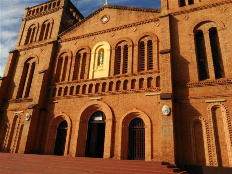 کلیسای بانگی - شهر بانگی جمهوری آفریقای مرکزی
