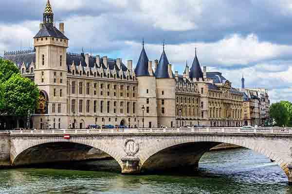 ساختمان کنگره پاریس - شهر پاریس فرانسه