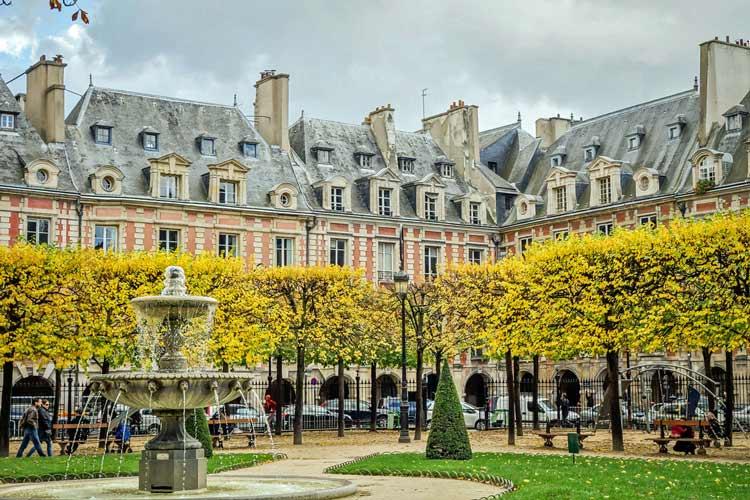 میدان ووژ 1 - شهر پاریس فرانسه