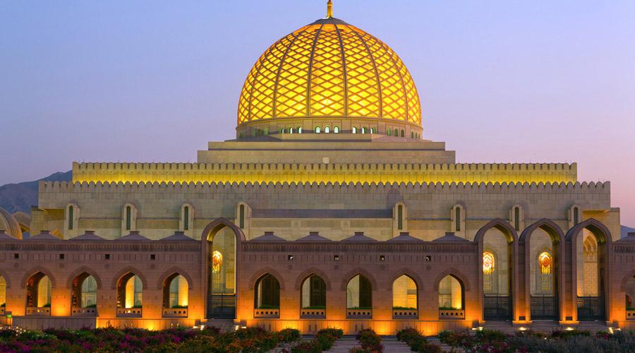 مسجد جامع سلطان قابوس مسقط 1 - مکان های دیدنی کشورعمان