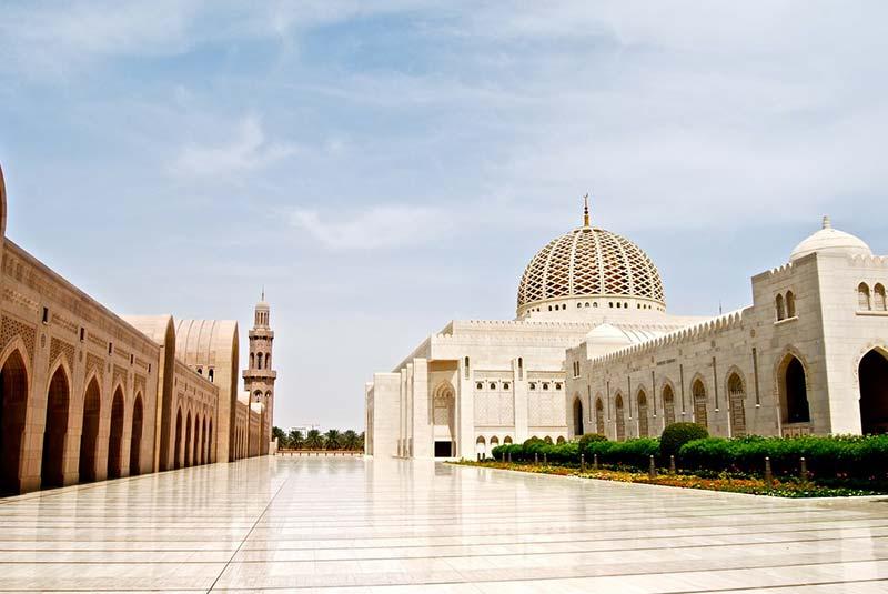 مسجد جامع سلطان قابوس مسقط 2 - مکان های دیدنی کشورعمان