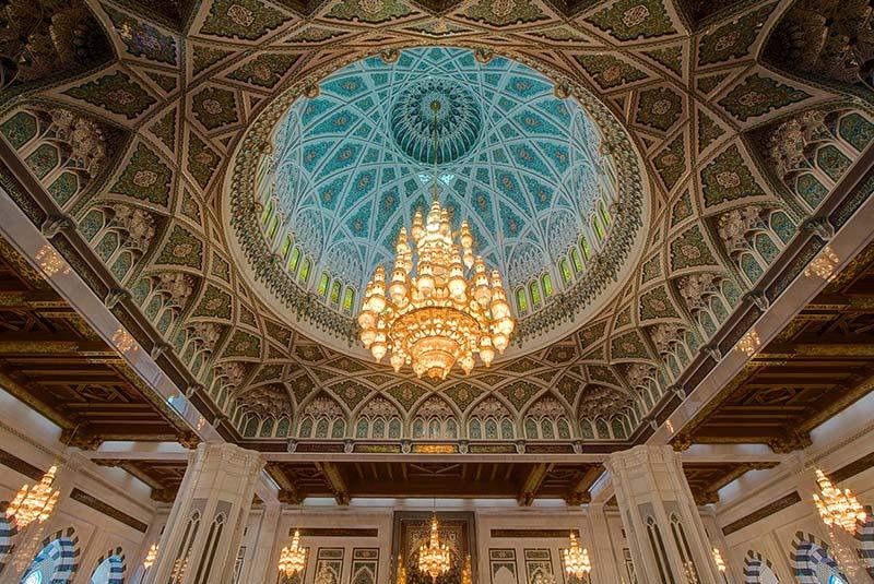 مسجد جامع سلطان قابوس مسقط 4 - مکان های دیدنی کشورعمان