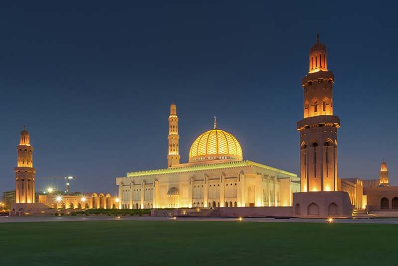 مسجد جامع سلطان قابوس مسقط 6 - مکان های دیدنی کشورعمان