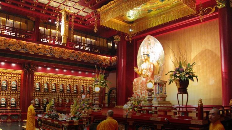 معبد دندان بودا 6 1 - معبد دندان بودا سنگاپور
