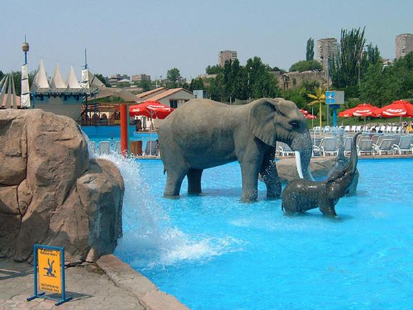 پارک آبی ارمنستان - پارک آبی ایروان، ارمنستان