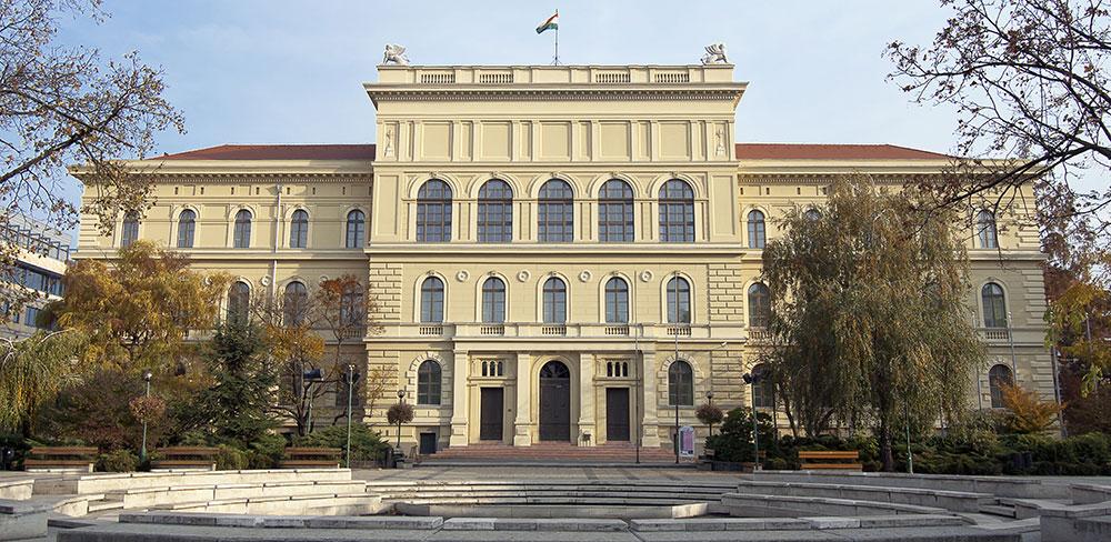 دانشگاه آلبرت سنت جورجی در شهر سگد - تحصیل پزشکی و دندان پزشکی در مجارستان