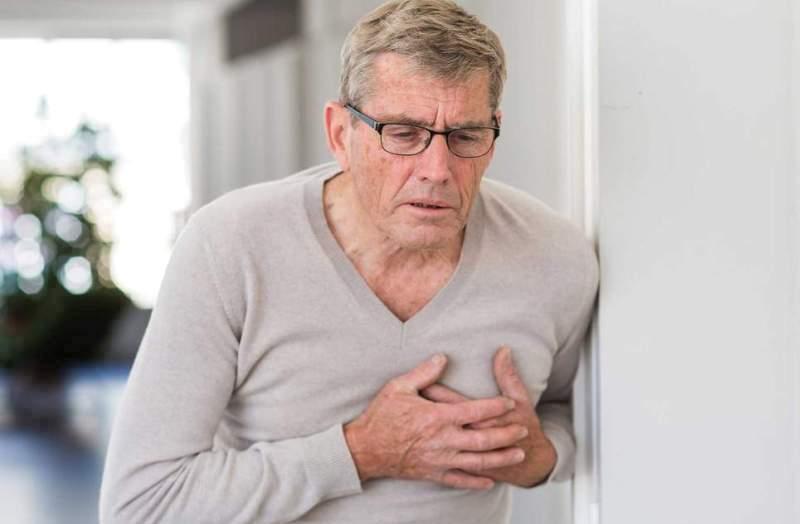 سکته قلبی در امریکا - نیمی از مردم آمریکا از بیماریهای قلب و عروق رنج میبرند