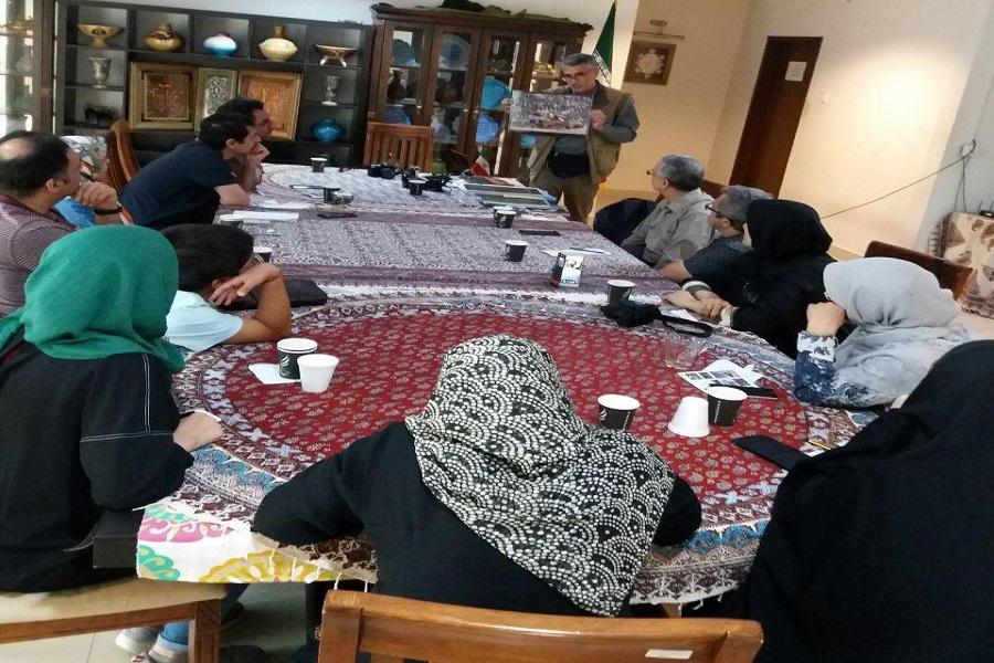 کارگاه عکاسی - هنرمند ایرانی، کارگاه عکاسی مستند در مالزی برگزار کرد