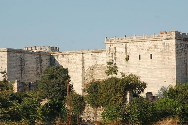 دیوارهای قسطنطنیه استانبول