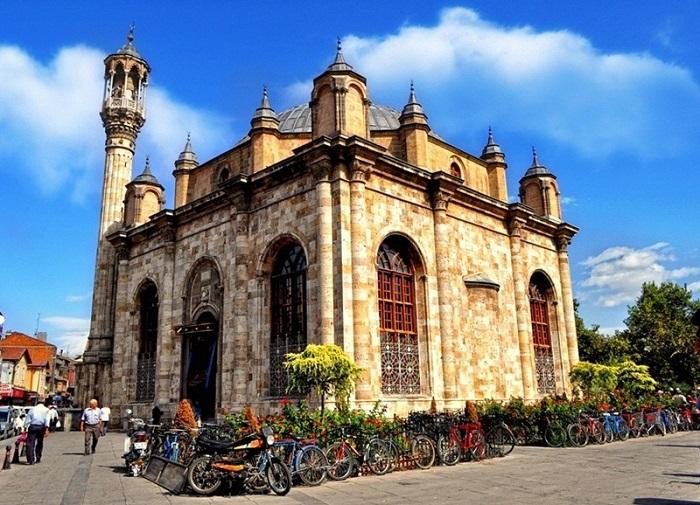 مسجد جامع عزیزیه 5 - مسجد جامع عزیزیه قونیه ترکیه