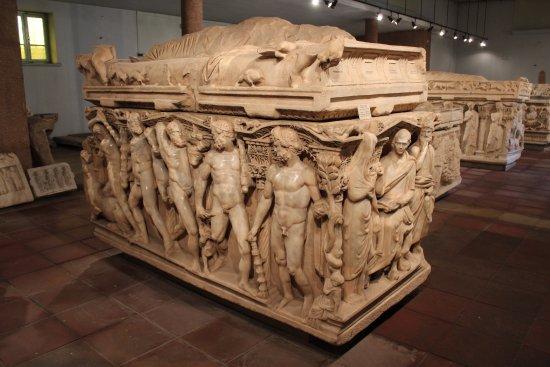 موزه باستان شناسی قونیه 4 - موزه باستان شناسی قونیه ترکیه
