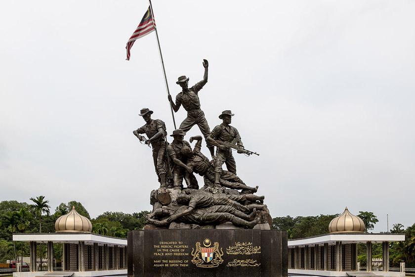 بنای یادبود ملی کوالالامپور مالزی