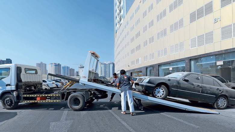 توقیف خودرو دوبی - اعلام هزینه و مقررات جدید توقیف خودرو در دوبی