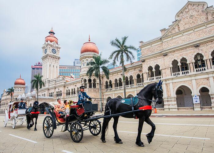 قصر سلطان عبدالصمد 3 - مراکز تفریحی مالزی (کاملترین به زبان فارسی)