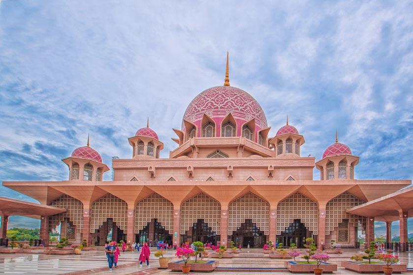 مسجد پوترا 5 - مراکز تفریحی مالزی (کاملترین به زبان فارسی)