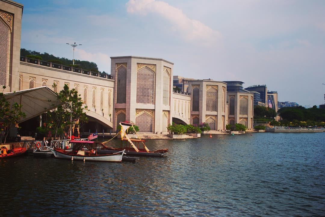 پل پوترا کوالالامپور مالزی